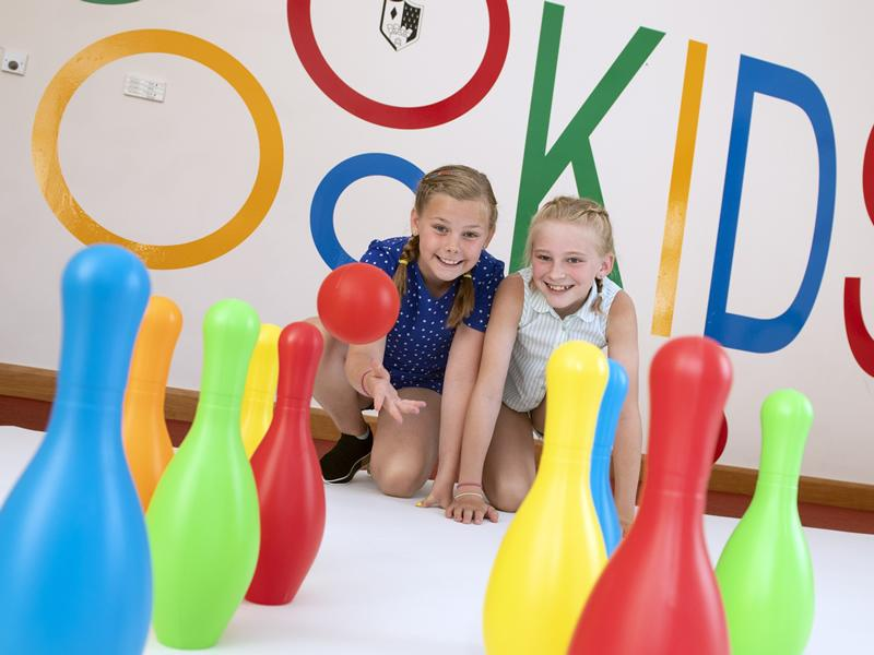 Peebles parents bowled over by new kids club