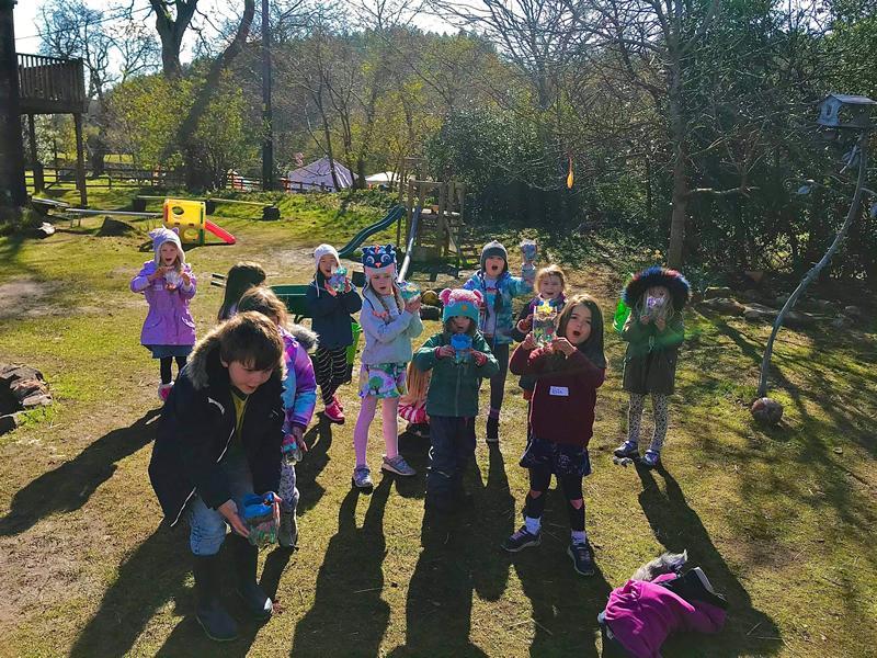 MAKE! Kids Outdoor Arty Workshops