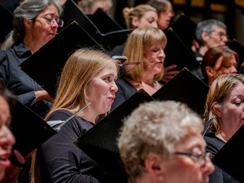Members of the Edinburgh Festival Chorus