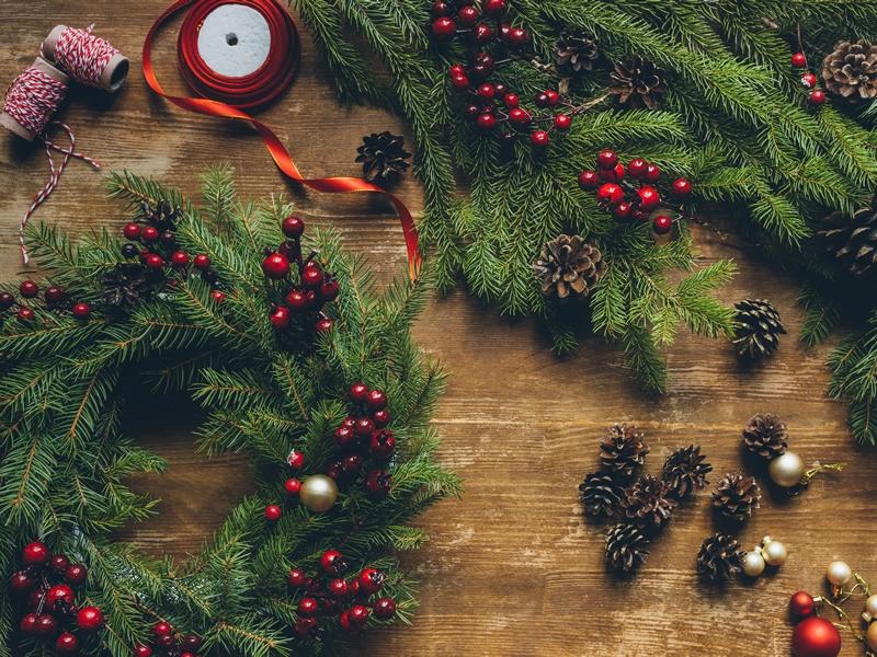 Mearns Horticultural Society December Workshop - Making a Christmas Arrangement