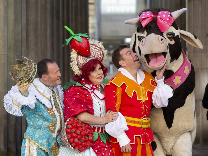 Jonathan Watson to join Elaine C Smith and Johnny Mac in Jack and the Beanstalk