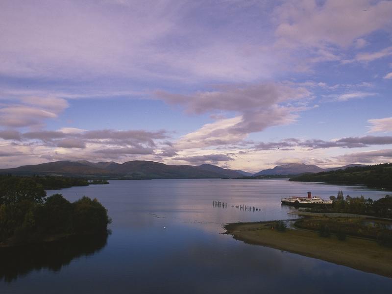 St Andrews Day Celebrations light up Loch Lomond Shores