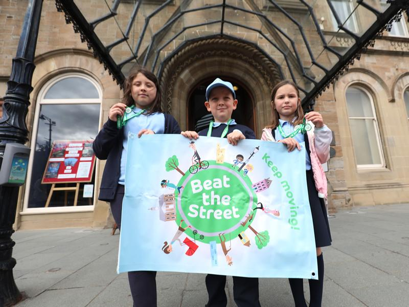 Beat the Street Cambuslang and Rutherglen enters its Go Travel week with nearly 8,000 people walking, cycling and wheeling around the towns in a free game