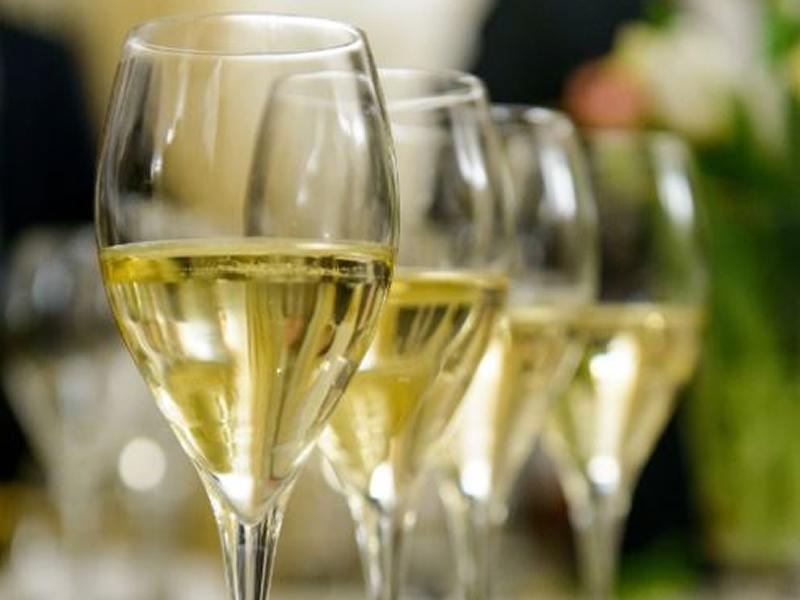 Champagne v Sparkling Wine Tasting - POSTPONED