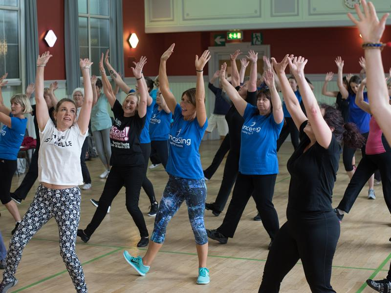 danceSing Lanarkshire