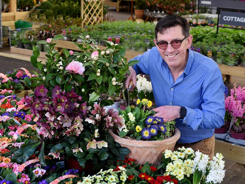 Dobbies launches virtual events to get UK gardens blooming this Spring