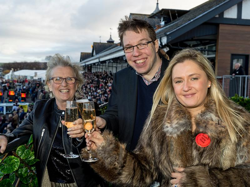 Start 2020 in style with a day at The Races