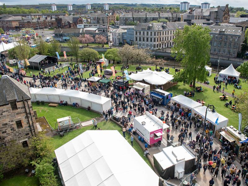 Thousands turn out to enjoy feast of fun at Paisley Food and Drink Festival 2019