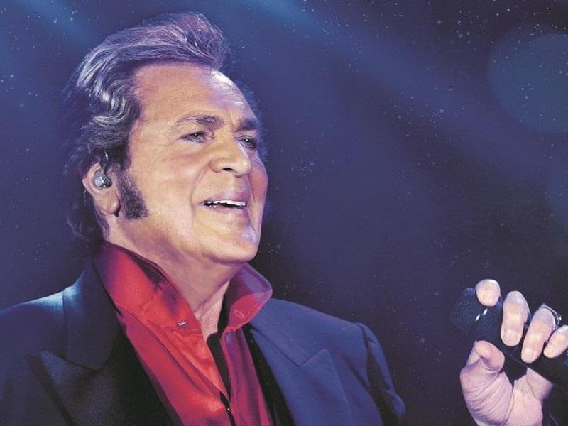 Engelbert Humperdinck - The Angel On My Shoulder Tour