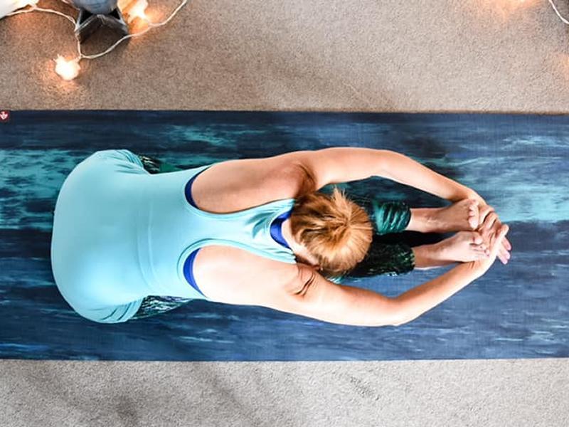 Seasonal Yoga Classes Online