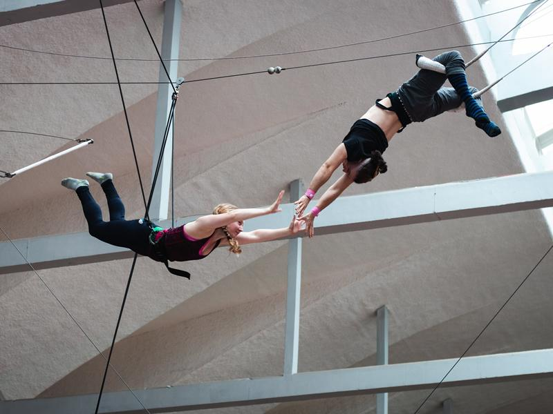 Flying Trapeze Lessons at Aerial Edge