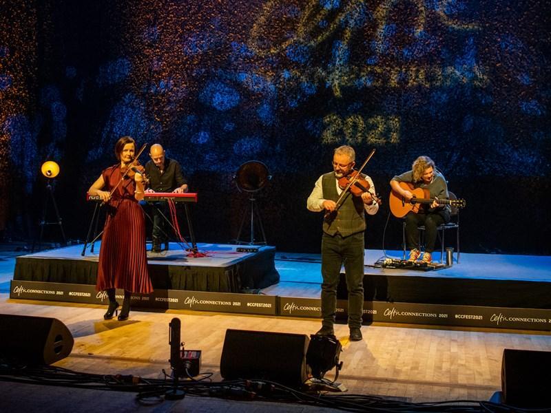 Blazin Fiddles, Xabier Diaz, Gnoss & Deirdre Graham