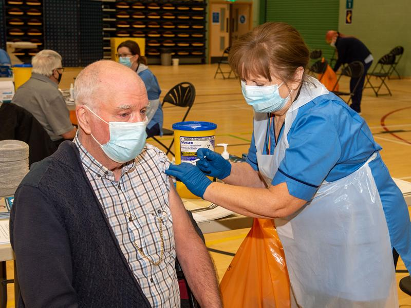 First visitors welcomed to Renfrewshire vaccination centres