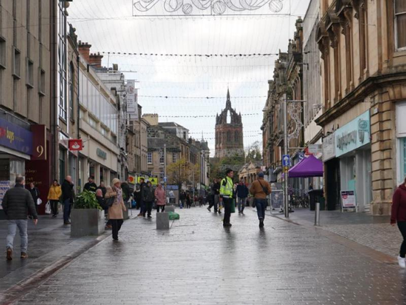 Free parking proposed for Paisley town centre throughout December