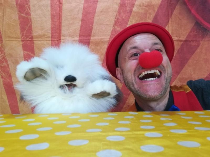Webcam Circus Show