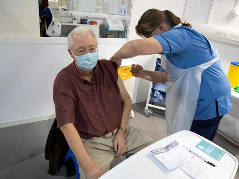 East Renfrewshire Provost rolls up his sleeve for Covid vaccine
