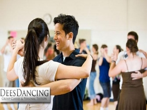 Dees Dancing