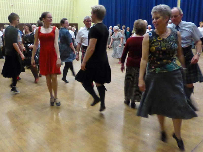 Scottish Country Dancing Beginners & Improvers Classes