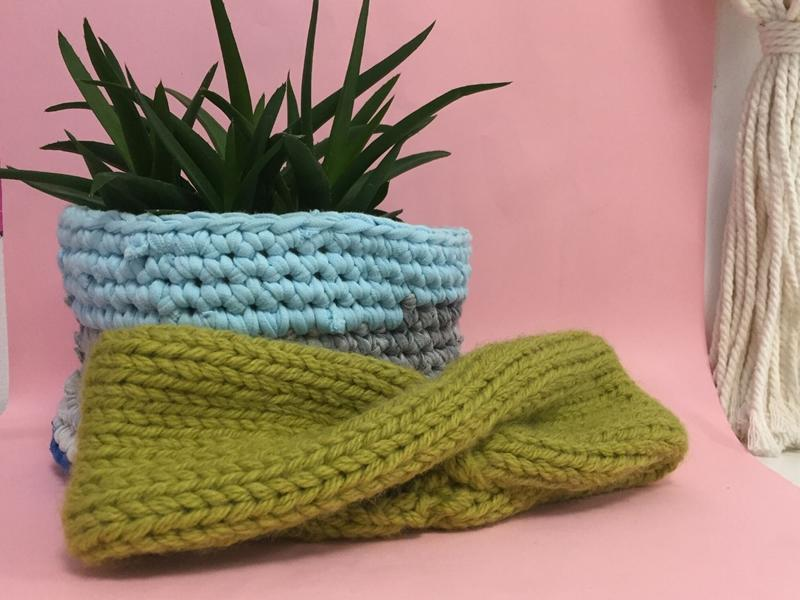 Granny Squares and Triangles - Beginners Crochet