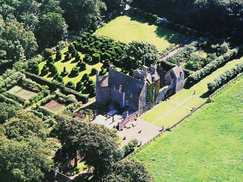 Scotland's Gardens Scheme Open Garden: Earlshall Castle