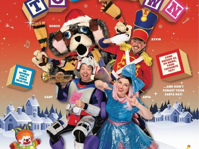 Funbox Presents Christmas In Toy Town