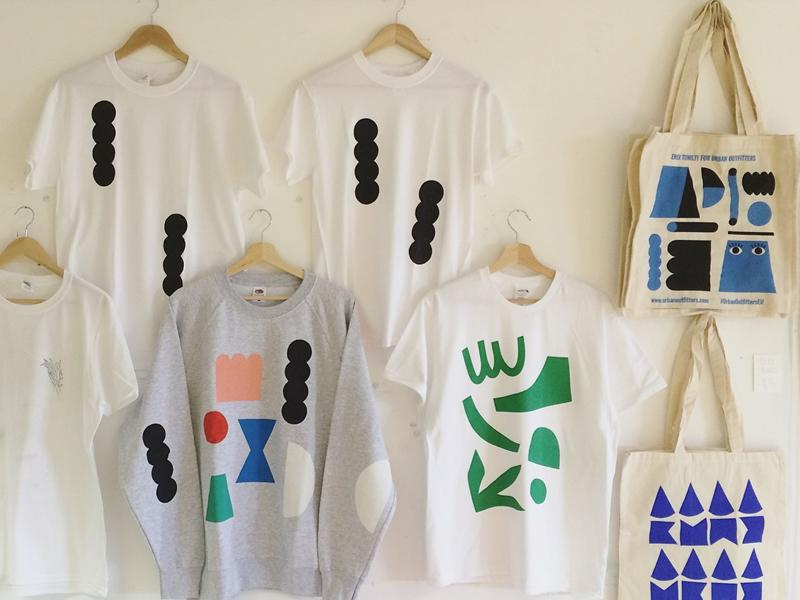 Screen-printing T-shirts