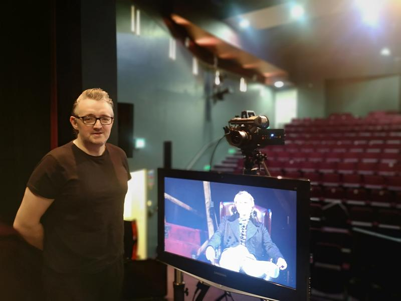 Sign language interpretation for virtual shows