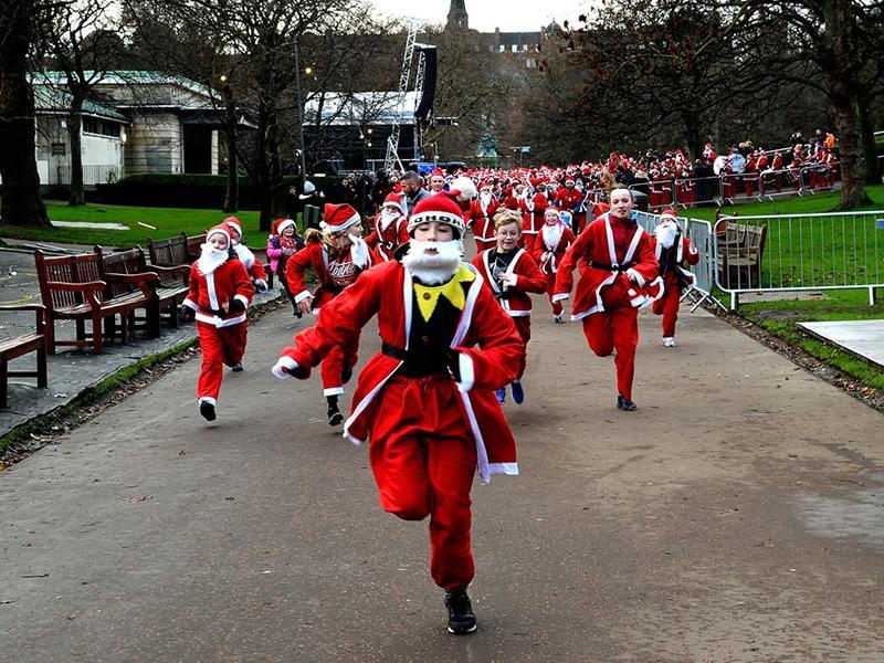 Edinburgh Santa Fun Run and Walk