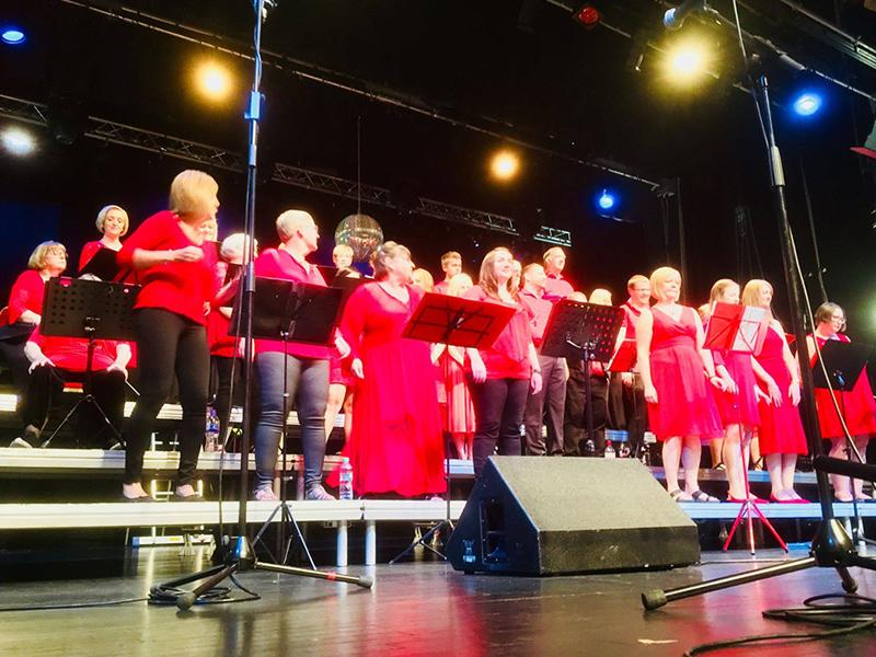 Heart of Scotland Choir: Night Fever