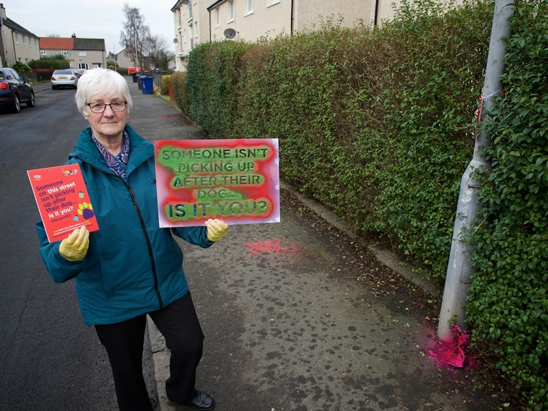 Renfrewshire has a bright idea to tackle dog fouling