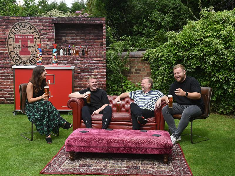 Win a pub experience for your garden!