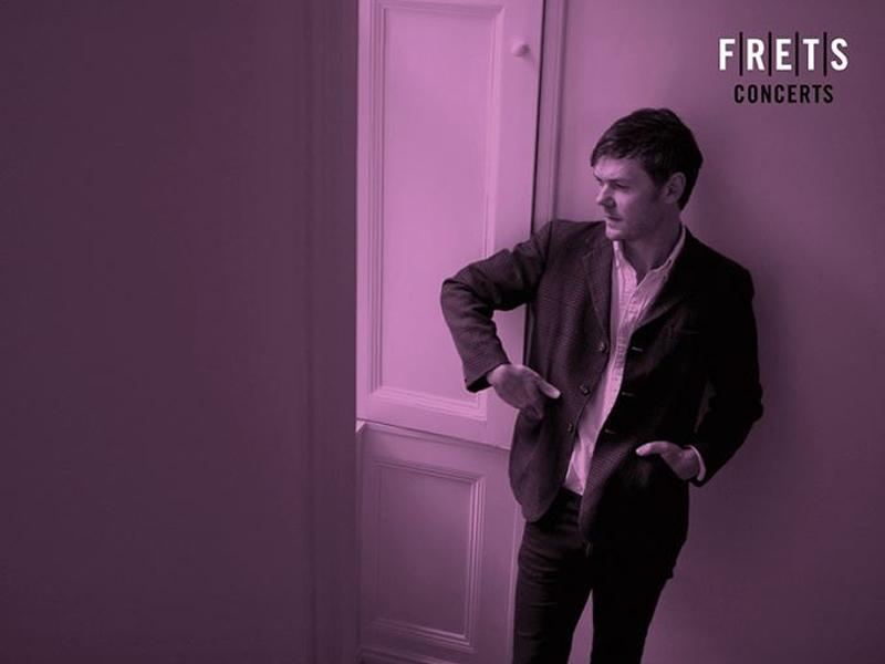 Roddy Woomble Acoustic Concert at FRETS