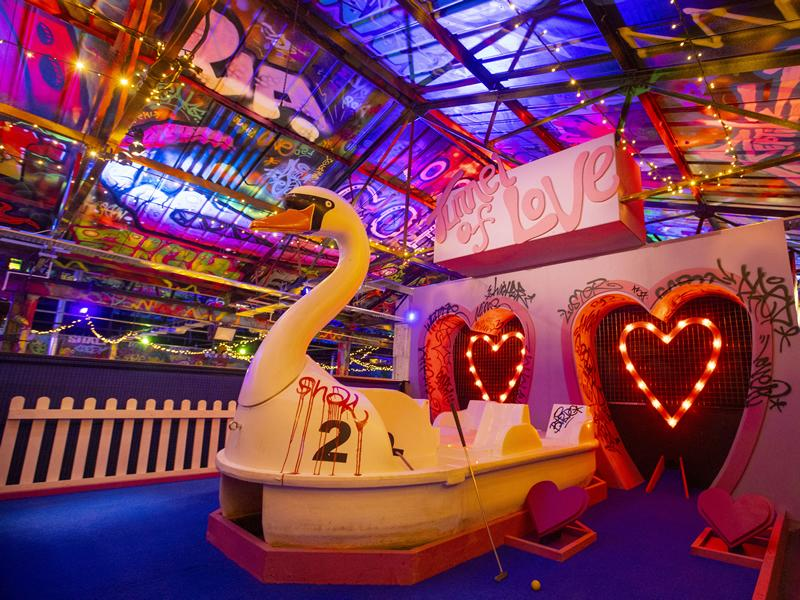 Adult only themed golf venue to spark the revival of the entertainment scene in Glasgow this Summer