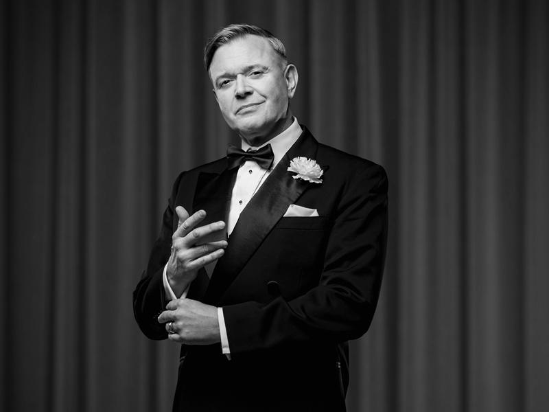 West End and TV star Darren Day will star in the new UK tour of Chicago