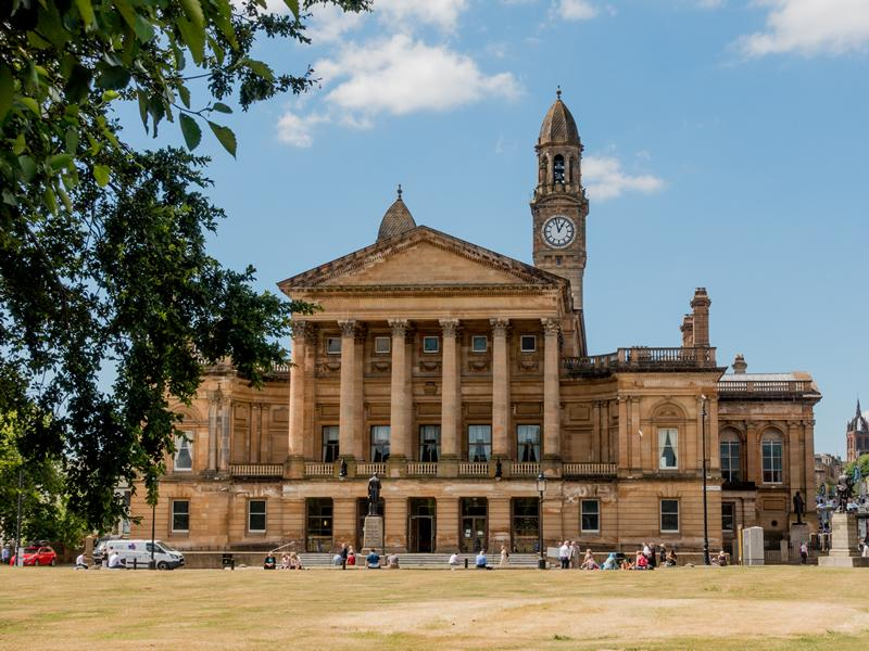 Construction work on Paisley Town Hall transformation set to resume