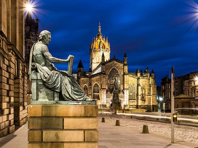 Celebrate the 170th birthday of Robert Louis Stevenson on an audio tour of Edinburgh