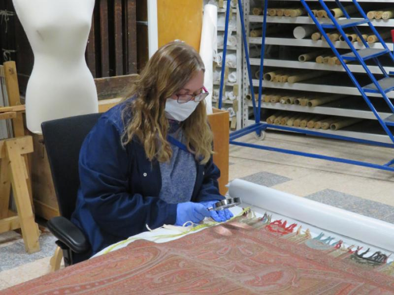 Grant boost to tell amazing shawl story in exciting new displays at Paisley Museum