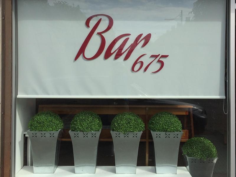 Bar 675