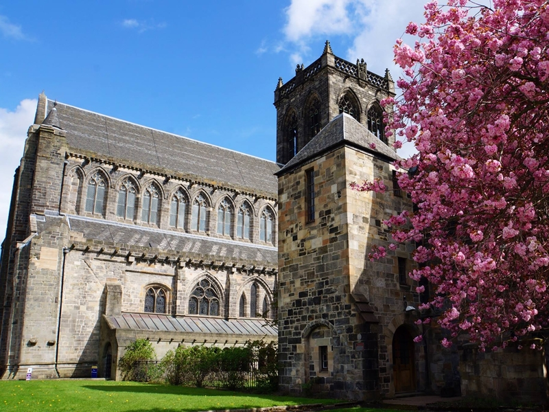 Guided Tours of Paisley Abbey