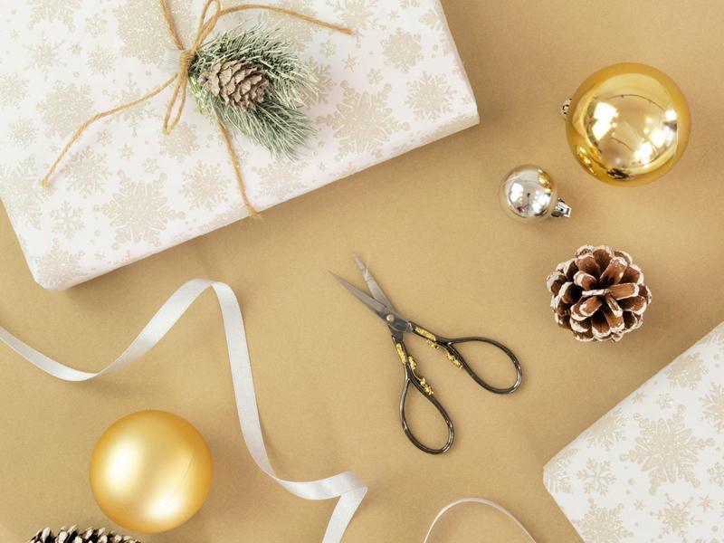 East Renfrewshire Carers Centre - Christmas Crafting