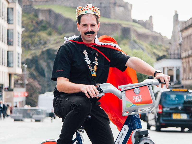 Hard Rock Cafe Edinburgh teams up with local Cycle Hire Scheme for 1 week only