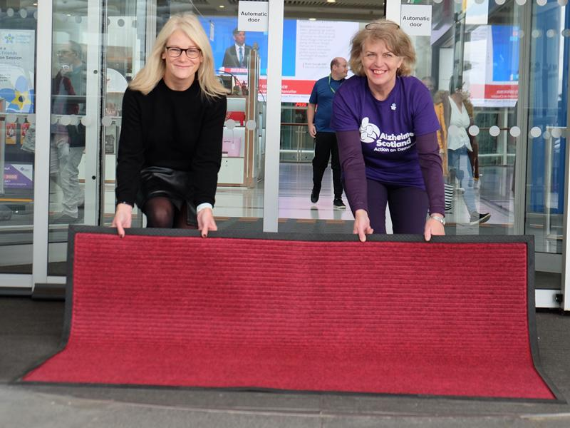 Braehead rolls out the red carpet to become first Dementia Friendly Shopping Centre in Scotland