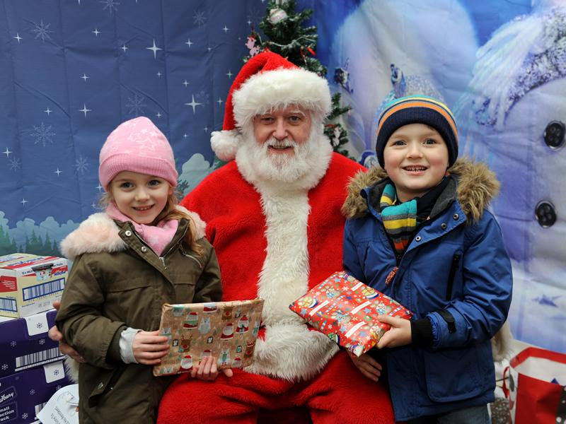 Johnstone set to get festive this weekend