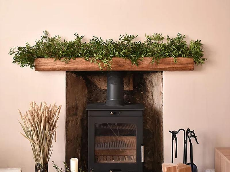 yuletide hearth: Seasonal Garland Workshop