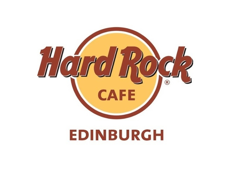 Hard Rock Cafe Celebrates Thanksgiving in All American Style