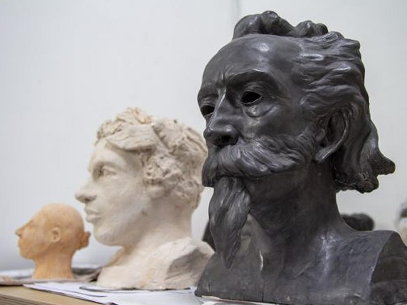 Clay Portraiture with Duncan Robertson - 8 week online course