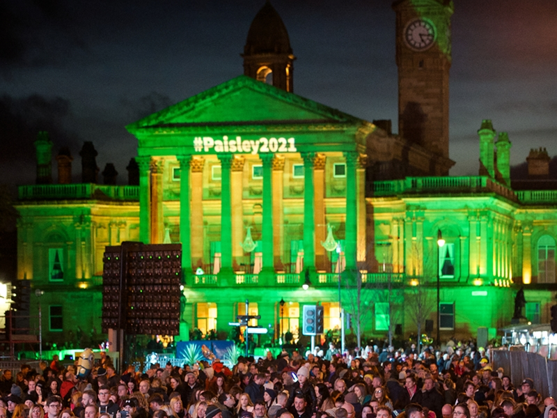 Thousands expected for the Christmas Lights Switch On in Paisley