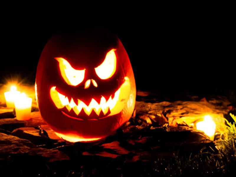 Halloween Walk Thru