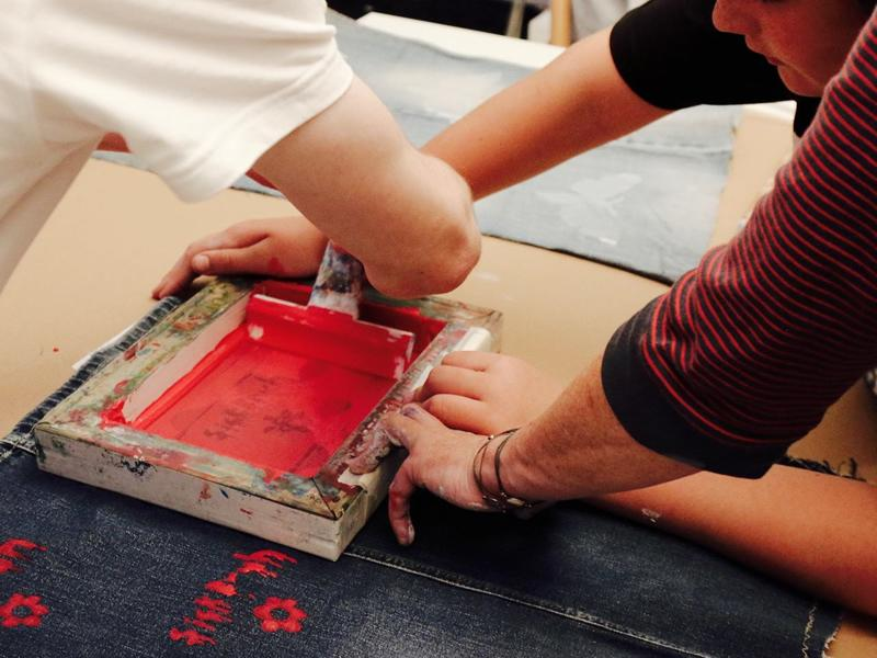 Slogan Screen Printing with ReMode