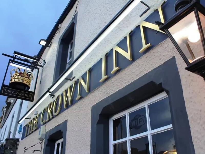 The Crown Inn Biggar